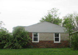 W 26th St, Indianapolis, IN Foreclosure Home