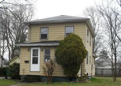 Walnut St, Dowagiac, MI Foreclosure Home