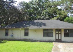 Gov Derbigny Dr, Baton Rouge, LA Foreclosure Home