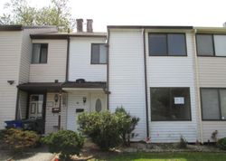Coachlight Ct, New Castle, DE Foreclosure Home