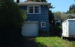 S 10th St, Coos Bay