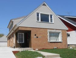 N 39th St, Milwaukee, WI Foreclosure Home