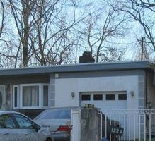 Noblet Ave, Sharon Hill, PA Foreclosure Home