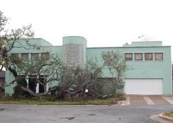 Crescent Dr, Rockport