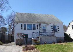 Macarthur Dr, Waterbury, CT Foreclosure Home