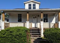 N 38th St, East Saint Louis, IL Foreclosure Home