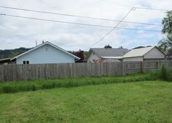Greenwood Ave, Reedsport, OR Foreclosure Home