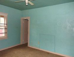 N Osage St, Independence, MO Foreclosure Home