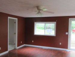 Meadowlark Ln, Williamstown, KY Foreclosure Home