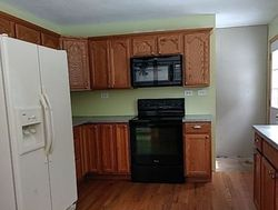 Newport #28805358 Foreclosed Homes