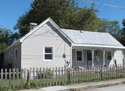 Ross St, Nicholasville, KY Foreclosure Home