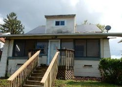Summit St, Marshalltown, IA Foreclosure Home