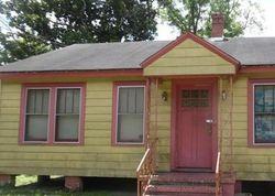 Demper Dr, Jacksonville, FL Foreclosure Home