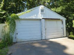 Topsfield Rd, Bristol, CT Foreclosure Home