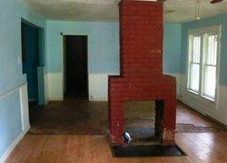 W 33rd St, Anniston, AL Foreclosure Home