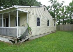 Finck Ln, Chesapeake, VA Foreclosure Home