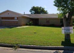 Roy Brooks Way, Clinton, OK Foreclosure Home