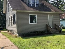10th St, Clintonville, WI Foreclosure Home