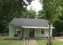Carpenter St, Memphis, TN Foreclosure Home