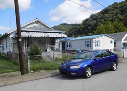 E 4th St, Belle, WV Foreclosure Home