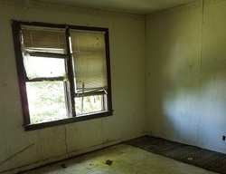 Stewart St, Rockwood, TN Foreclosure Home