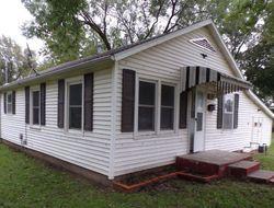 S Lafayette Ave, Chanute, KS Foreclosure Home