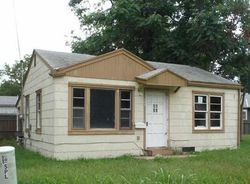E Mount Vernon St, Wichita, KS Foreclosure Home