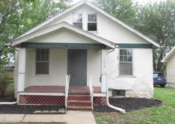 W 6th St, Ottawa, KS Foreclosure Home