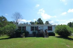 L P Bailey Memorial Hwy, Nathalie, VA Foreclosure Home