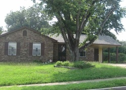 Chattering Ln, Memphis, TN Foreclosure Home