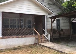 Laurel Ave, South Pittsburg, TN Foreclosure Home