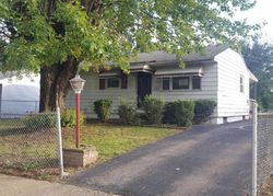 Duxberry Ave, Columbus, OH Foreclosure Home