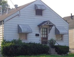Powell Ave, Louisville, KY Foreclosure Home