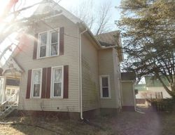 Pershing Blvd, Clinton, IA Foreclosure Home