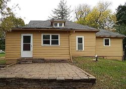 N 12th St, Guthrie Center, IA Foreclosure Home