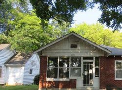 S Linden St, Pine Bluff, AR Foreclosure Home