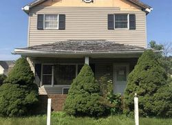 Roslyn St, Mckeesport, PA Foreclosure Home