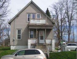 W Chambers St, Milwaukee, WI Foreclosure Home