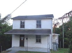 High St, Lynchburg, VA Foreclosure Home