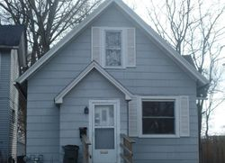 E 13th St, Davenport, IA Foreclosure Home