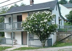 Orchard St, Norwich, CT Foreclosure Home
