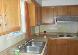 N Pennewell Dr, Wilmington, DE Foreclosure Home
