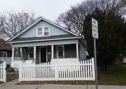 Underhill Ave, Roosevelt