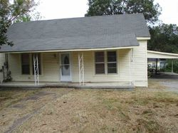 Connell St, Dyersburg, TN Foreclosure Home