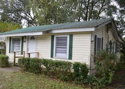 Barclay St Sw, Live Oak