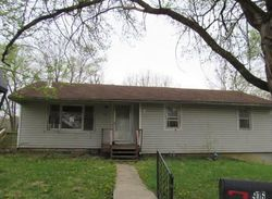 Walnut St, Valley Falls, KS Foreclosure Home