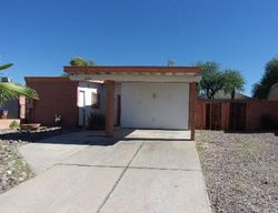 N Northpoint Dr, Tucson