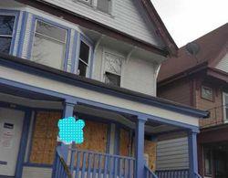 W Clarke St # 923, Milwaukee