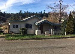 S 7th St, Coos Bay