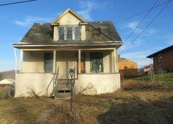 Walnut Ave, Mannington, WV Foreclosure Home